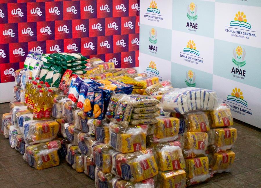WPE realiza entrega de cestas básicas para APAE
